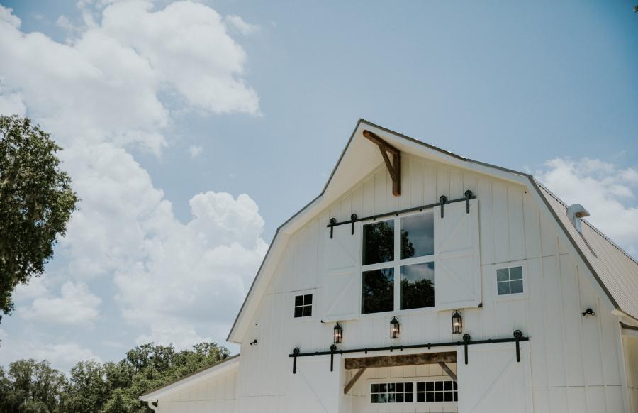 Elegant Barn Wedding Venue in Central Florida - Protea Weddings & Events